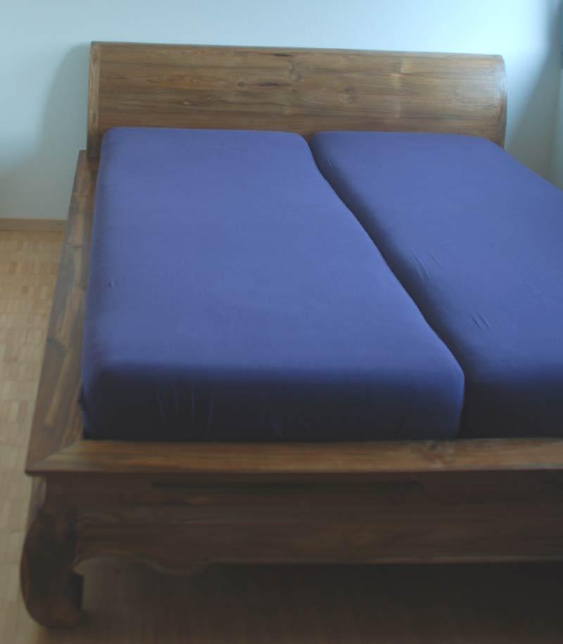 opiumbett mit kopfteil die bequeme version. Black Bedroom Furniture Sets. Home Design Ideas