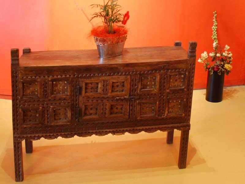 alte chinesische kommoden und andere mittelgrosse cabinets. Black Bedroom Furniture Sets. Home Design Ideas