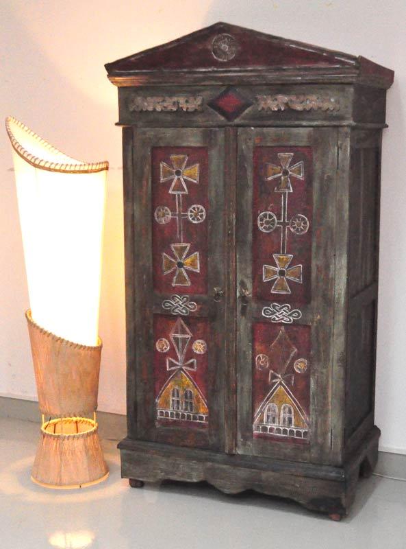 hochzeitsschr nke und andere schr nke aus china und indien. Black Bedroom Furniture Sets. Home Design Ideas