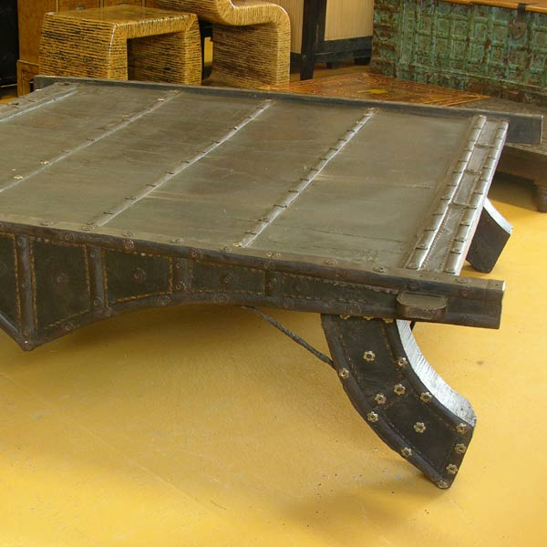 Camel Cart Table L